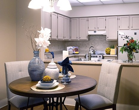 10 Wilmington Place Independent Living - Dining Room Image